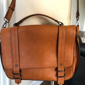 Sleek Messanger Bag In Vegan leather .
